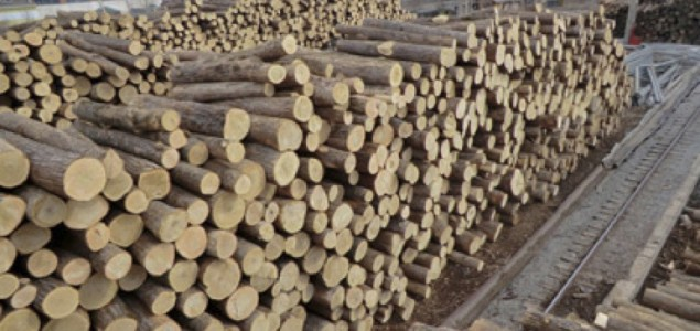 North America log exports to Japan dropped 17% in 2015