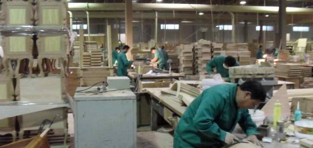 Merveilleux Chinese Furniture Manufacturers Import Particleboard So Their Products Meet  International Emission Standards