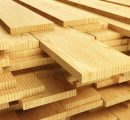 US home builders report shortage of lumber