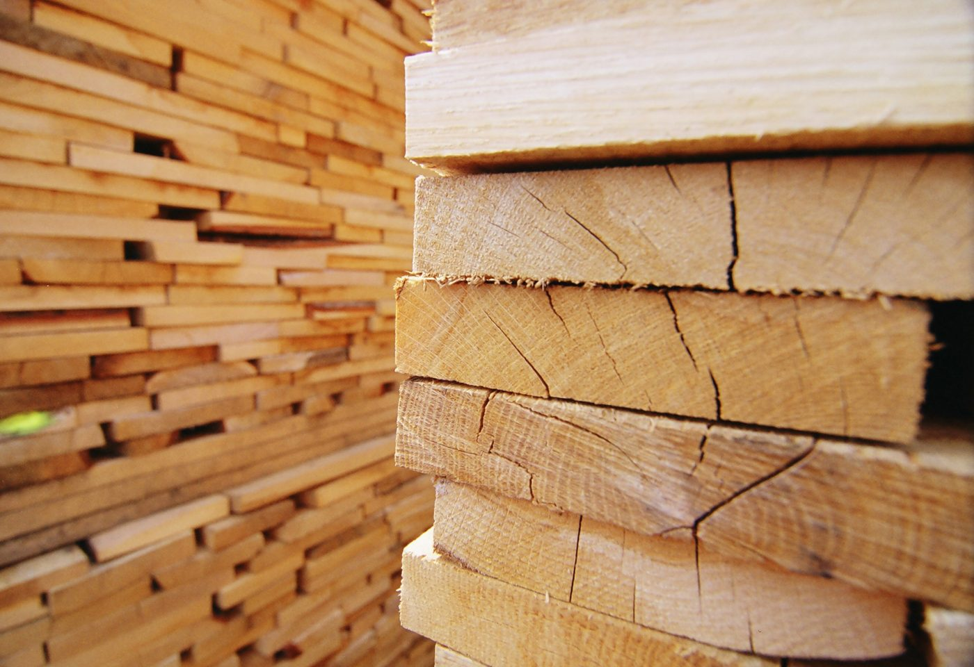 Uk softwood lumber imports from europe not yet impacted by for Softwood decking boards
