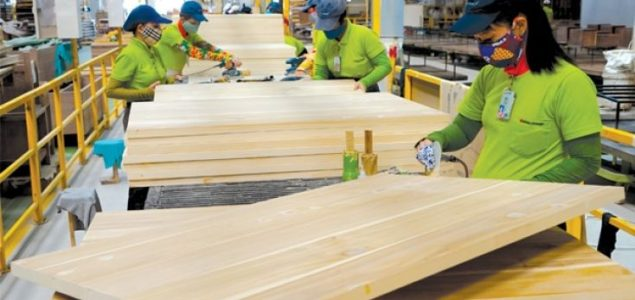 Vietnam's wood products exports expected to rise by US$ 1 billion this year