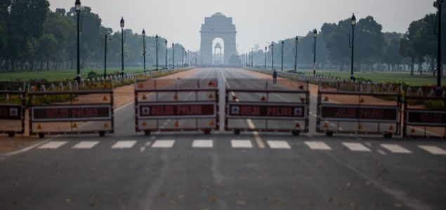 Strict lockdown forces Indian wood industry to shut down