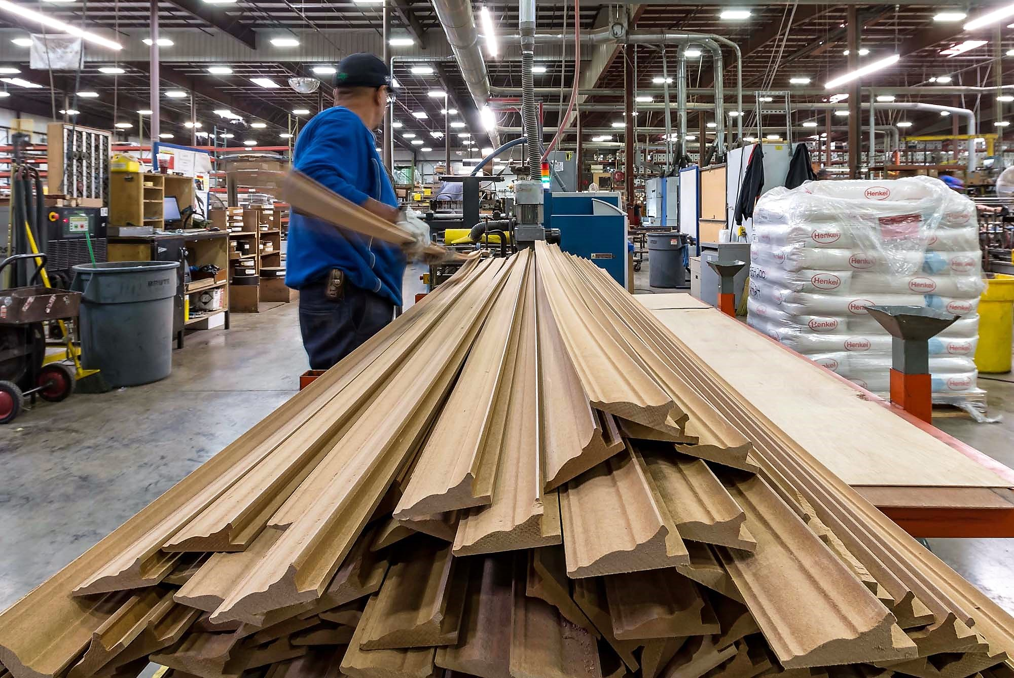 Survey finds 63% of US wood manufacturers remain operational - Global Wood  Markets Info