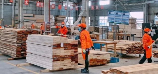 Chinese timber enterprises cut or cease production due to air pollution