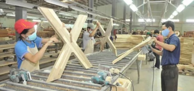 Malaysia: Plywood production threatened by declining log supplies and rising costs