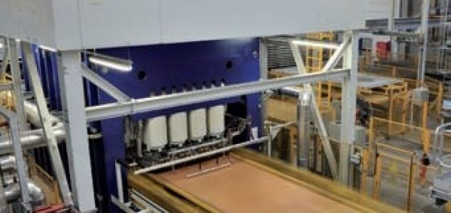 New Siempelkamp short-cycle press for Egger